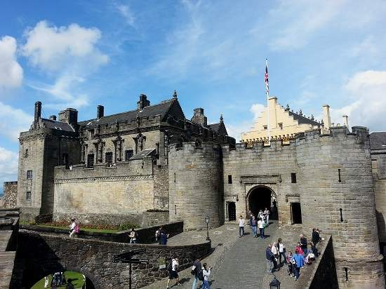 stirling castle history.