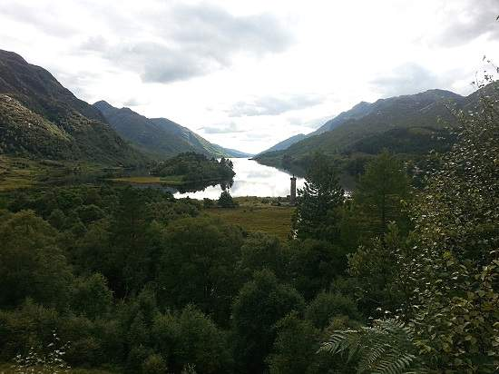 loch shiel and glenfinnan monument
