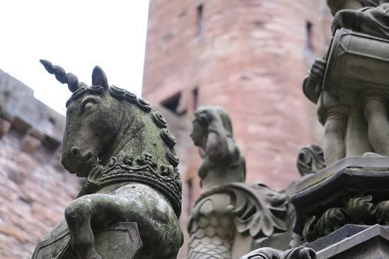 unicorn fountain linlithgow history tour.