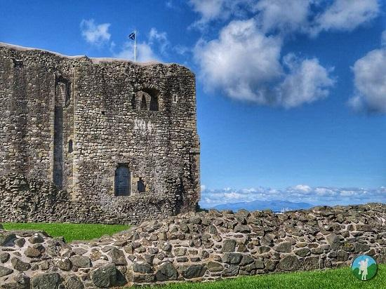 top things to do in ayrshire dundonald castle.