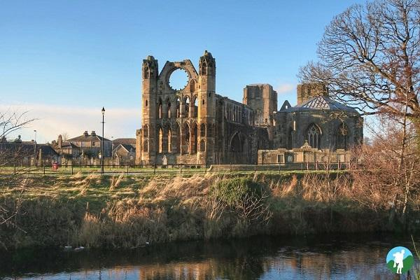 elgin cathedral river lossie reasons visit moray