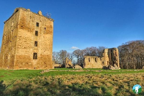 spynie palace reasons to visit moray