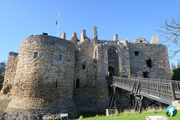 things to do around edinburgh dirleton castle.