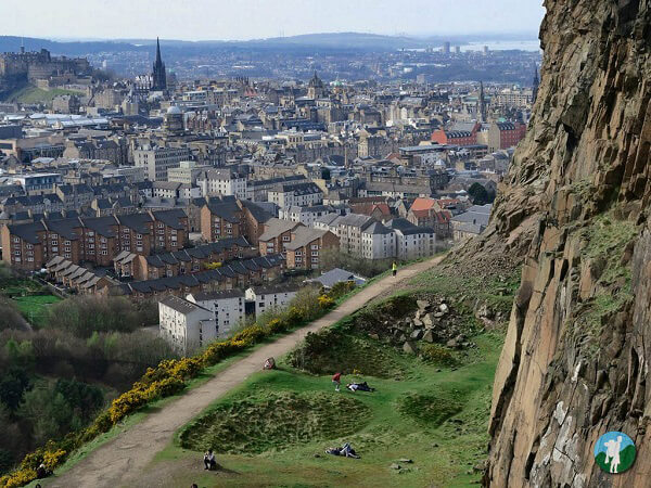 arthurs seat edinburgh on a budget