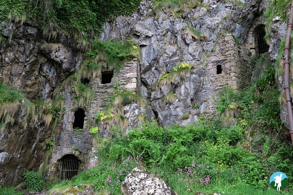 culzean castle caves
