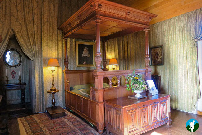 things to do in falkland palace queens bedchamber