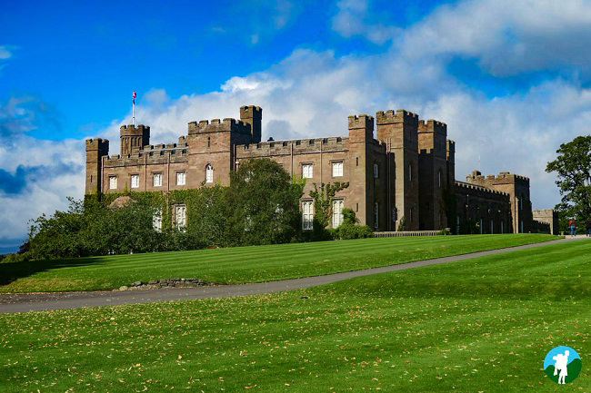 scone palace threave scottish castles to visit