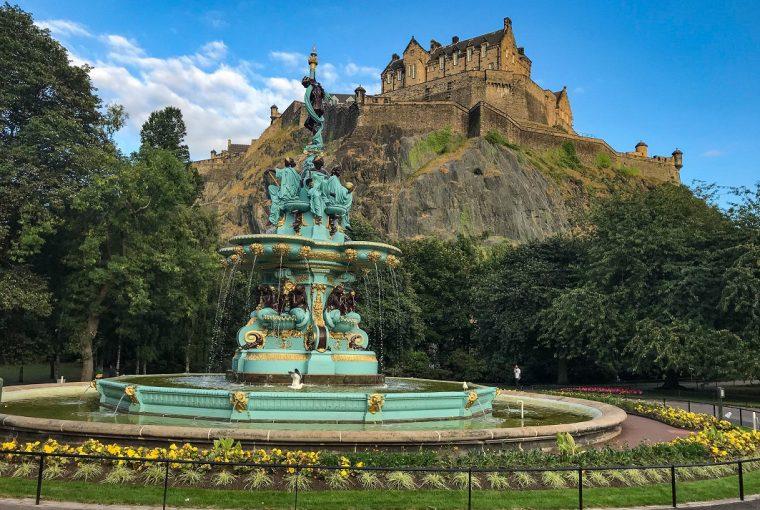 ross fountain edinburgh castle best view