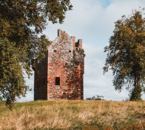 greenknowe castle scottish borders